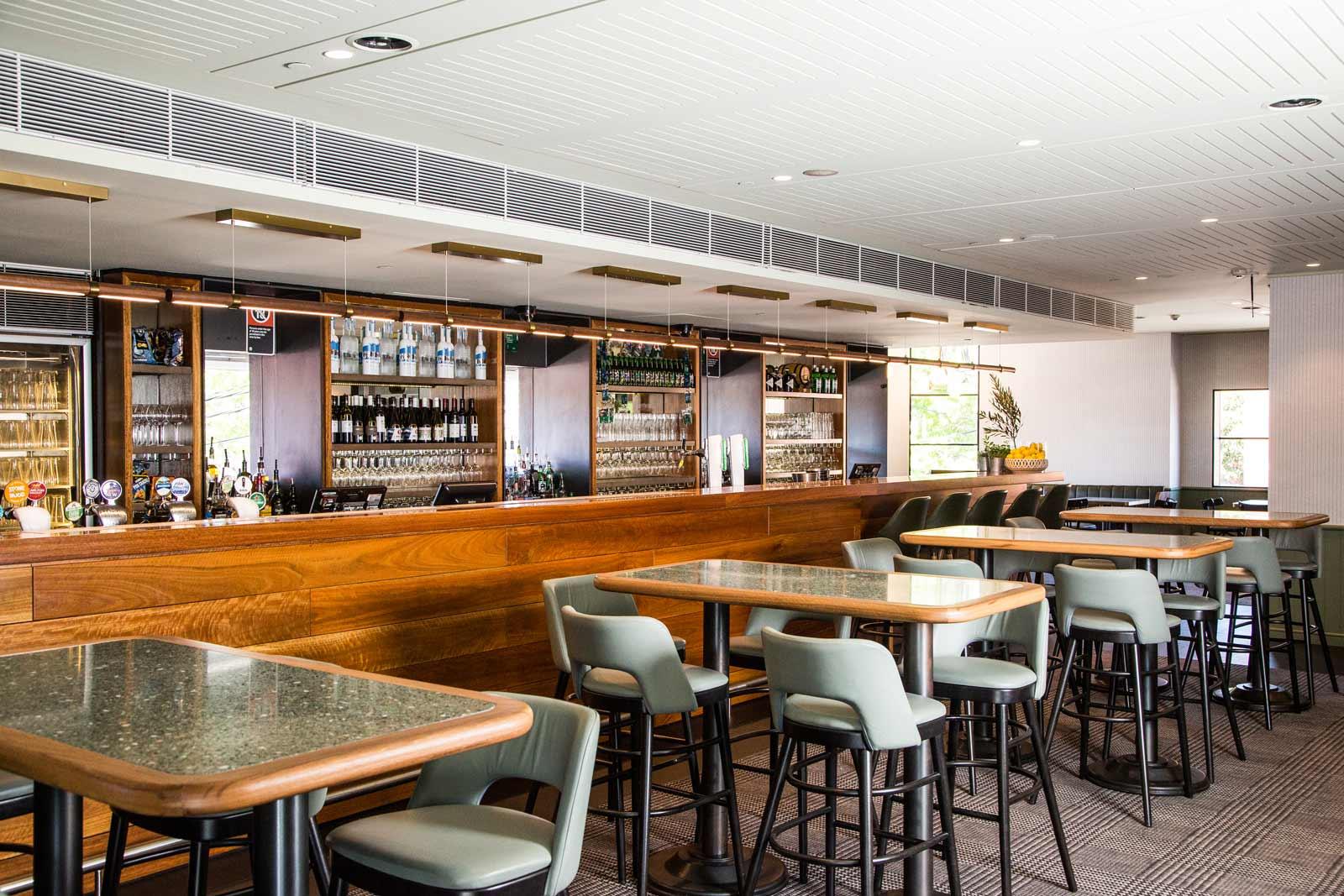 Main-Bar